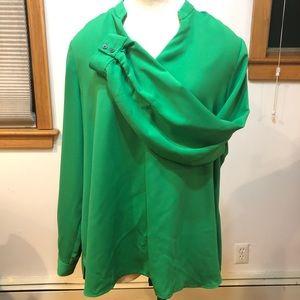 Beautiful green long sleeve top